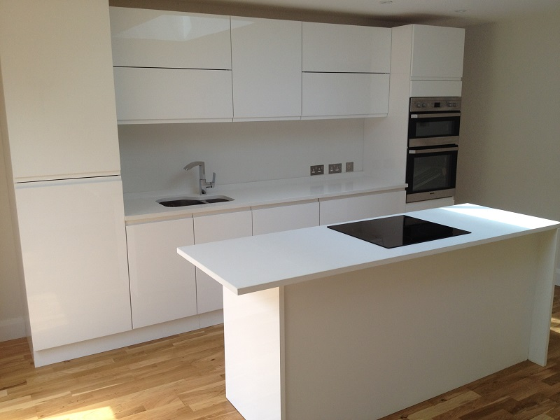 Sleek And Modern White Quartz Worktops